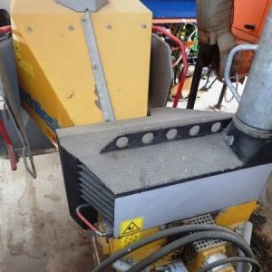 foto wood chipper hydr.front max 13cm (to M26-31 etc